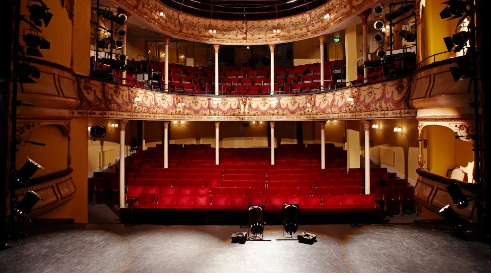 empty theatre seats