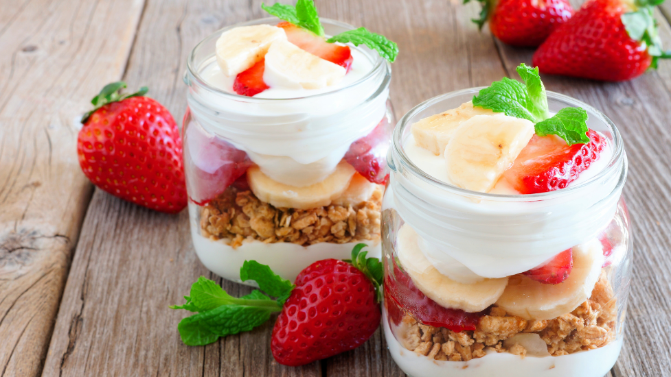 cake in a jar with strawberries